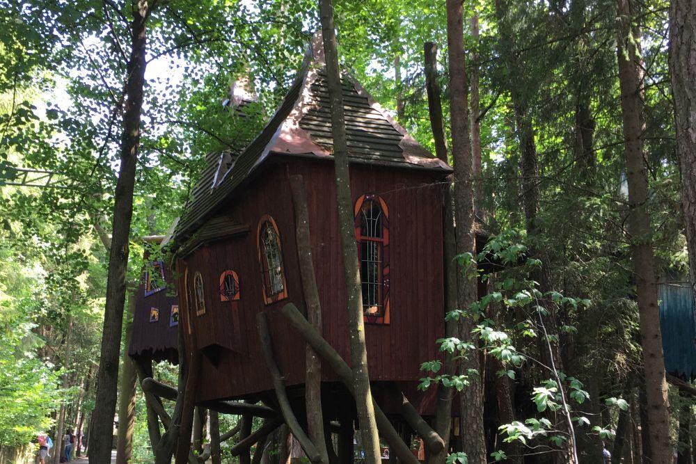 Freizeitpark Baumhaus