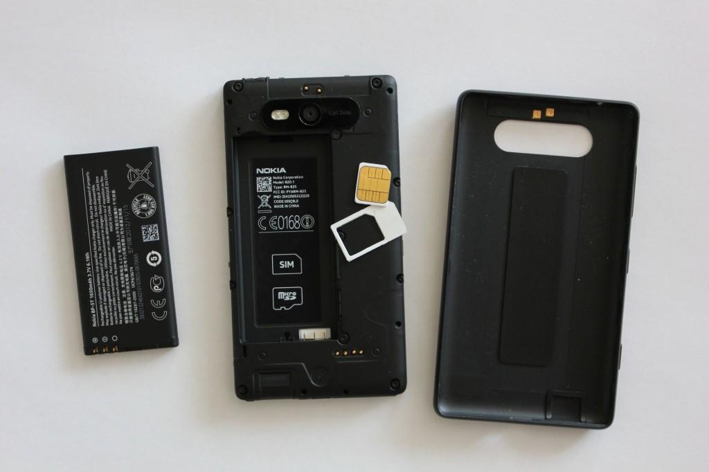 Nokia Lumia 820 SIM Karte